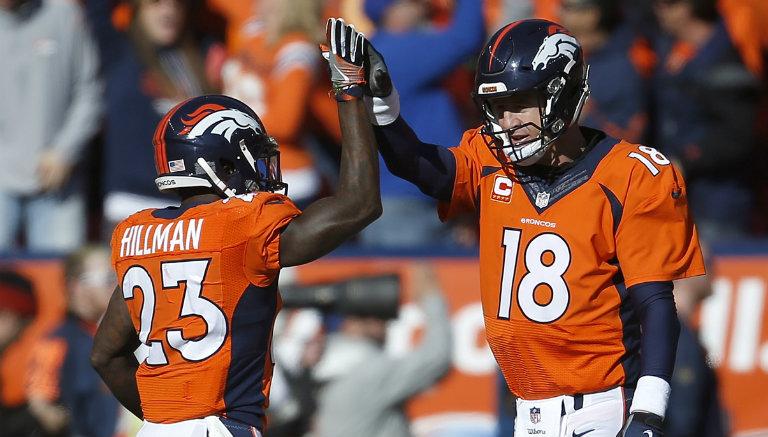 Peyton Manning celebra tras touchdown