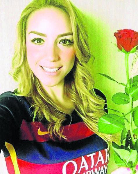 La piloto mexicana muestra su pasión por Barcelona