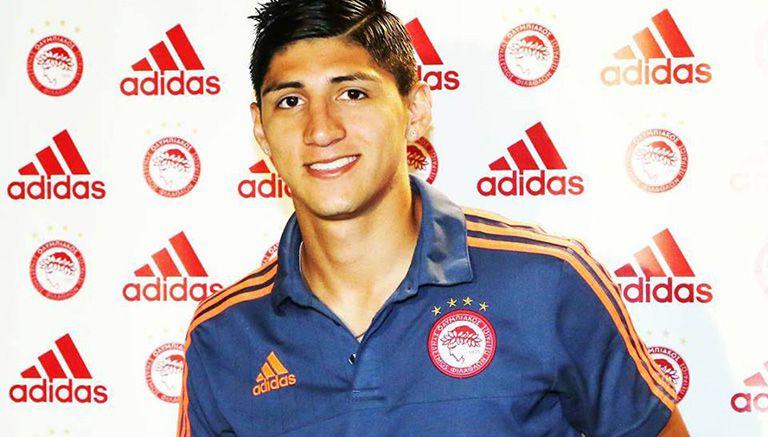 Thumbnail Alan Pulido, en una conferencia de Olympiacos