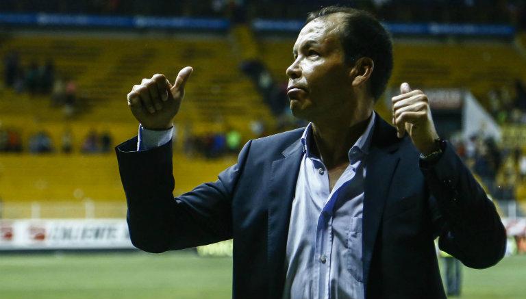 José Guadalupe Cruz se despide de afición de Dorados tras descenso