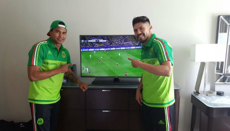 Thumbnail 'Gullit' Peña y Oribe Peralta disfrutan de la Final de Champions League