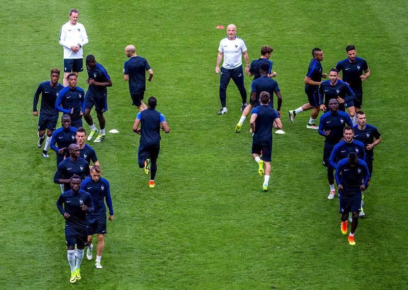 Jugadores de Francia durante un entrenamiento