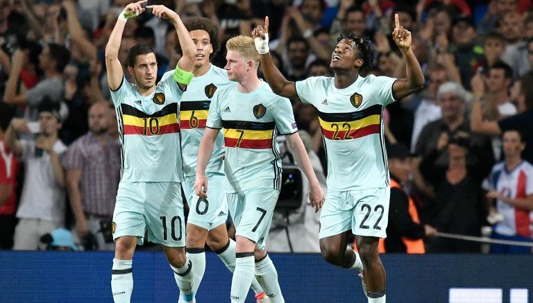 Thumbnail Jugadores belgas celebran la goleada frente a Hungría