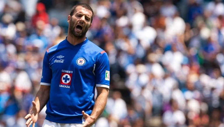 Emanuel Villa se lamenta con Cruz Azul