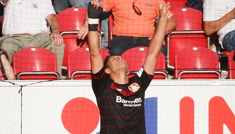 Thumbnail Javier Hernández celebra tras abrir el marcador contra Mónaco