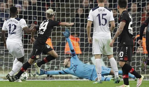Kampl festeja el tanto de la victoria contra Tottenham