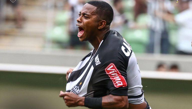Robinho celebra un gol con el Atlético Mineiro