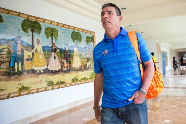 Paco Jémez aceptó al Cruz Azul porque quiere dirigir al Tri
