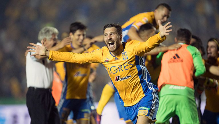 Gignac celebra el título tras última ejecución de penalti