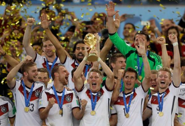 Selección de Alemania festeja el título en Brasil 2014