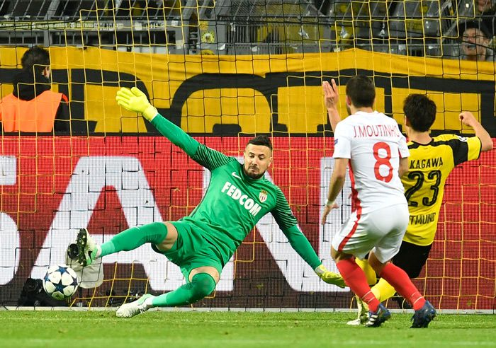 Kagawa marca su gol contra el Mónaco