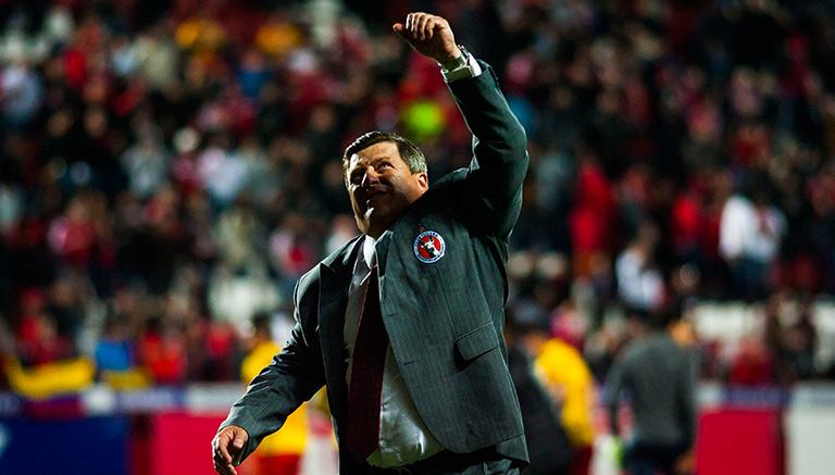 Herrera sigue guerra verbal con
