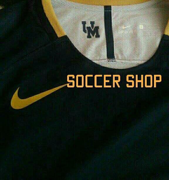 En la prenda estaría presente el logo del futbol americano