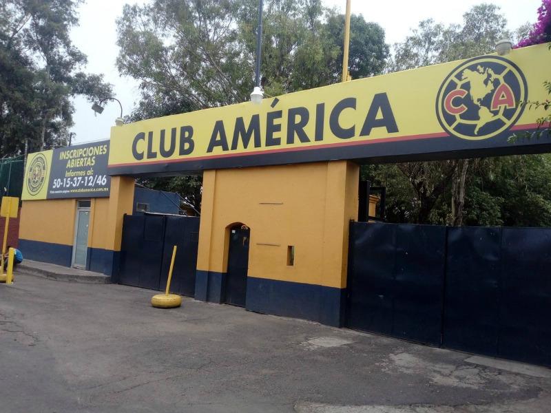 Resultado de imagen para fachada club america