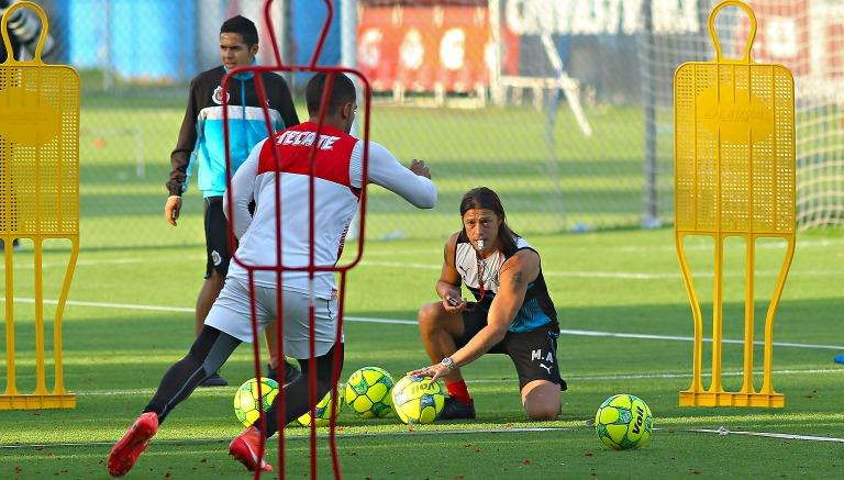 Tigres: Miles de tapatíos acaparan boletos de partido de vuelta entre Chivas