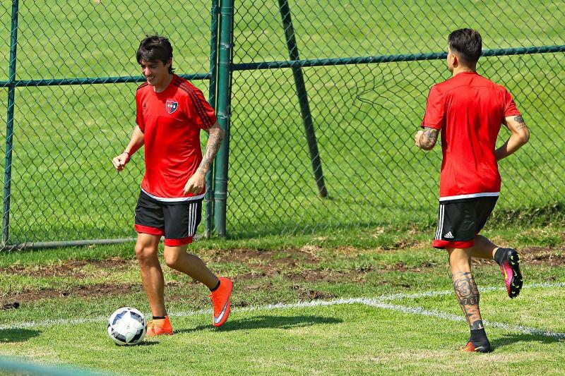 Mauro, durante el entrenamiento con Newells Old Boys