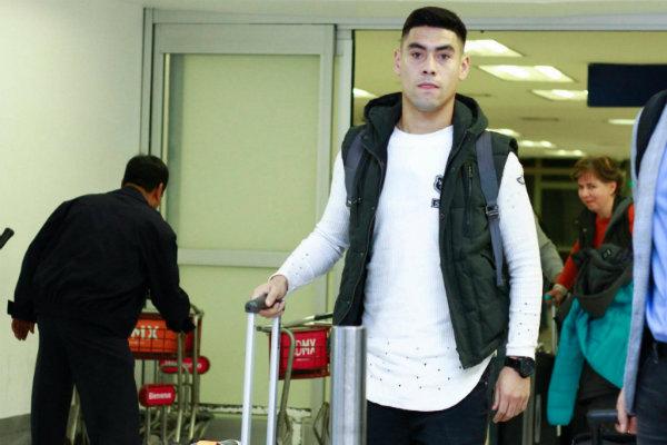 Cruz Azul oficializa la llegada del delantero Felipe Mora