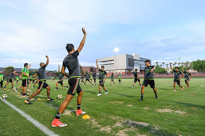 México mide potencial ante partido contra Honduras