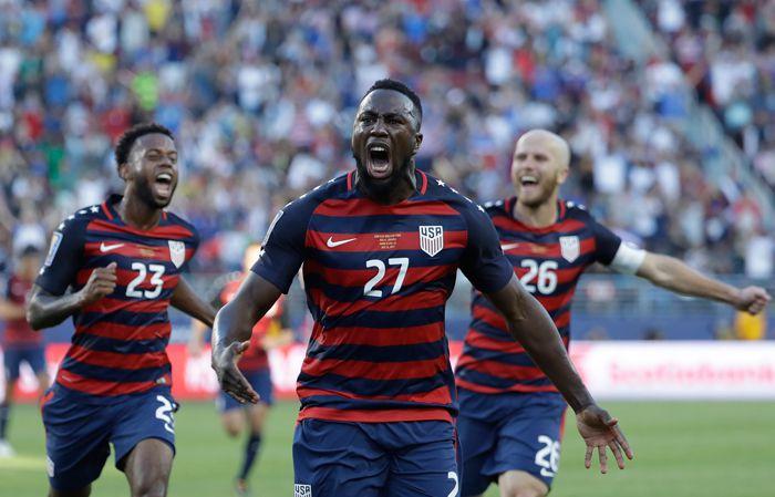 Altidore celebra el primer gol frente a Jamaica