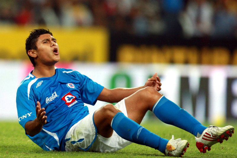 Everaldo Stum se compromete a ayudar a Querétaro