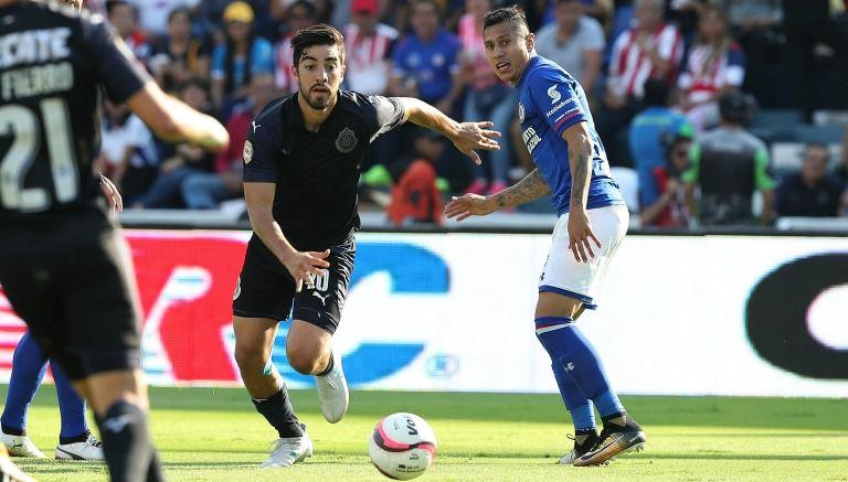 Rodolfo Pizarro, durante el juego contra La Máquina