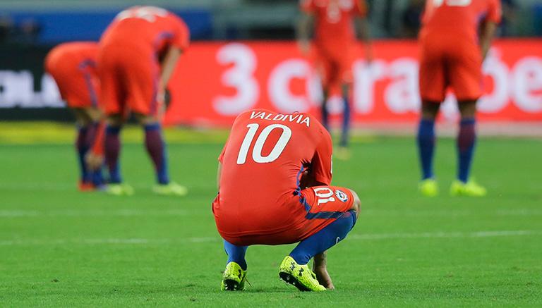 Futbolistas chilenos se lamentan en Brasil