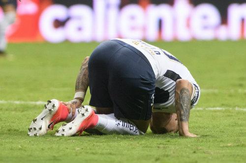 Nico se lamenta por su lesión contra Monterrey