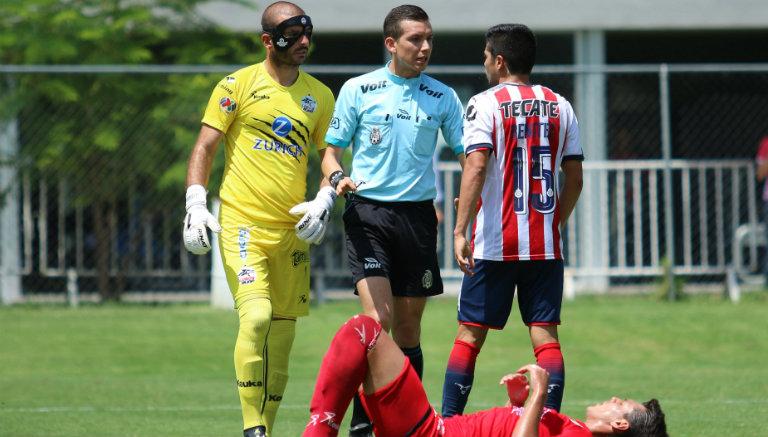 Lucero Álvarez tuvo que usar una máscara protectora