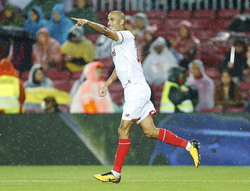 Guido Pizarro festeja su gol contra el Barcelona