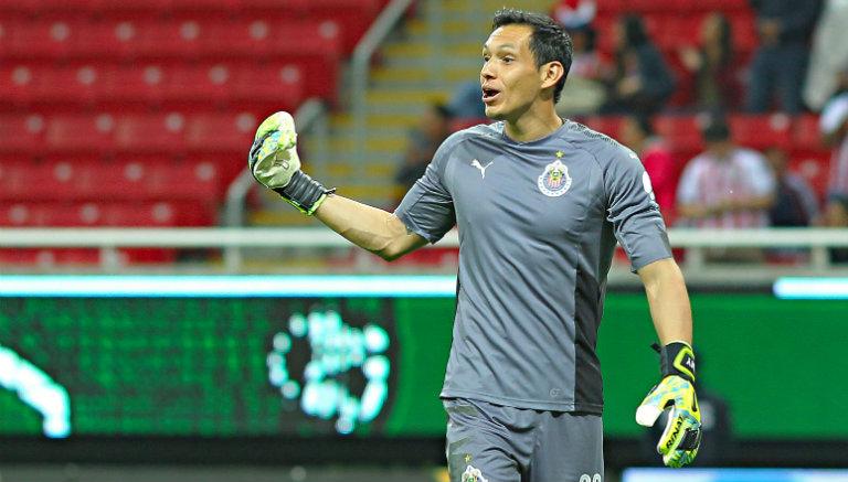 Rodolfo Pizarro se culpa por los fracasos de Chivas