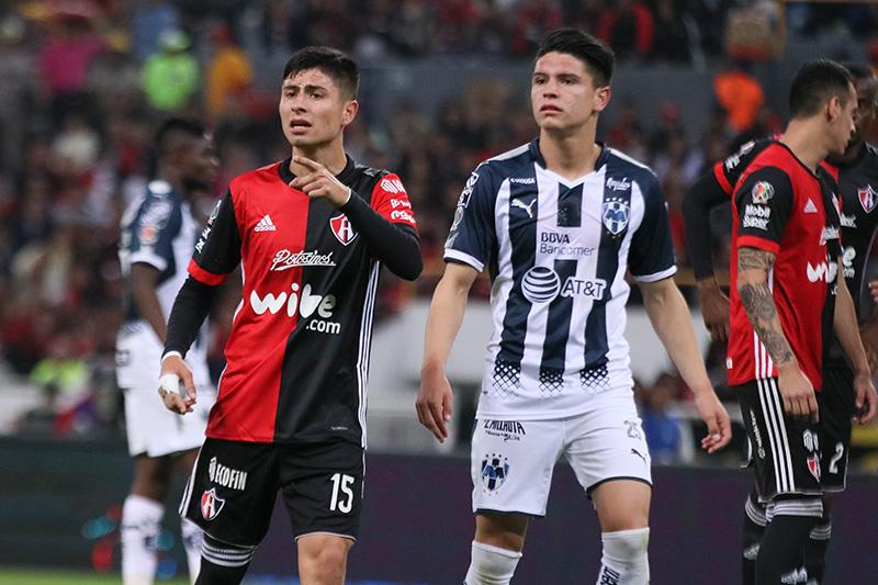 Jonathan González ya puede jugar con el Tricolor