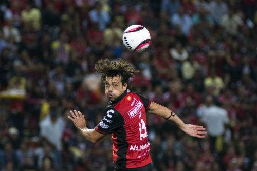 Aguirregaray se va de Xolos para jugar con Las Palmas