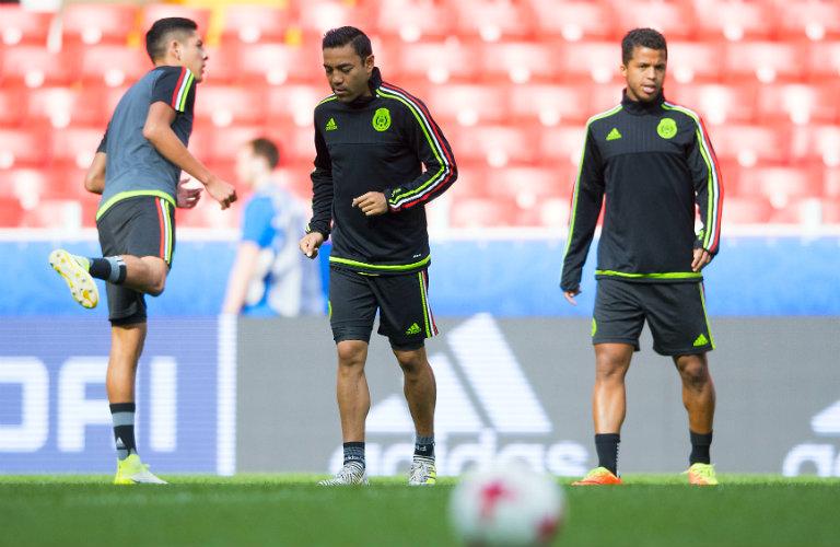 Marco Fabián entrena con la Selección Mexicana