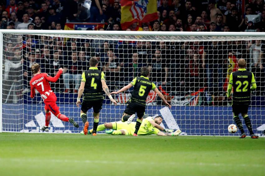 Griezmann bate a Rui Patricio en el encuentro de Europa League