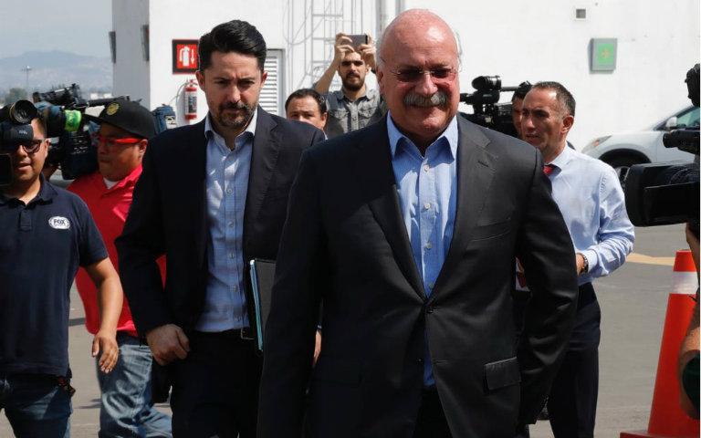 Directivos se preparan para la reunión con la Asociación Mexicana de Futbolistas