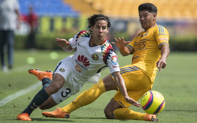 Lainez durante un juego con América Sub- 20