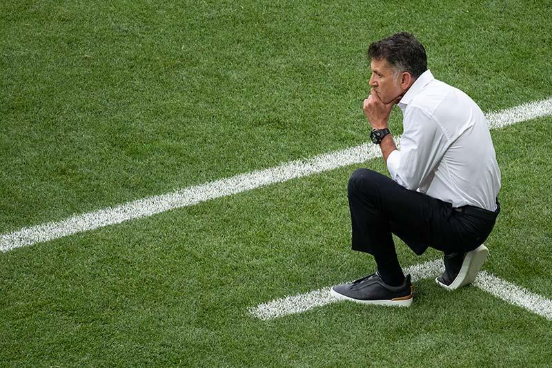 Juan Carlos Osorio casi muere, y no con la suya