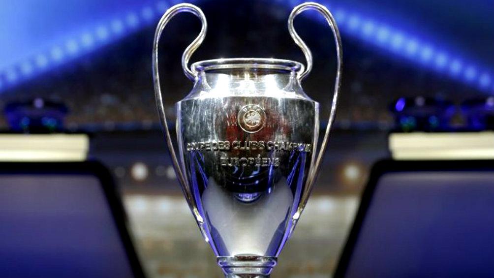 Resultado de imagen para uefa trofeo