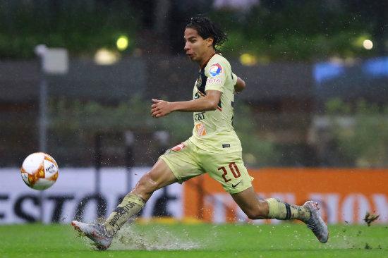 Diego Lainez es seguido por el Fenerbahçe