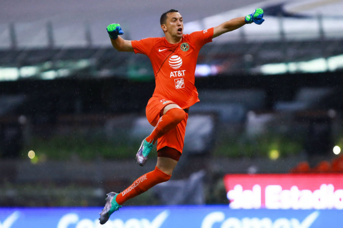 Marchesín celebra un gol ante Morelia