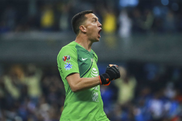Marchesín celebra un gol ante Cruz Azul