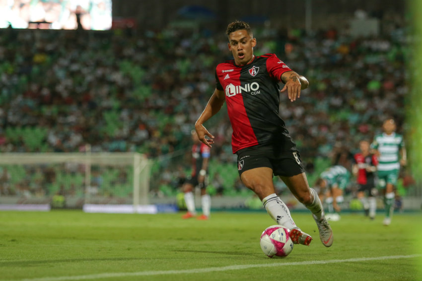 Andrés Andrade, baja por tres meses con el Atlas