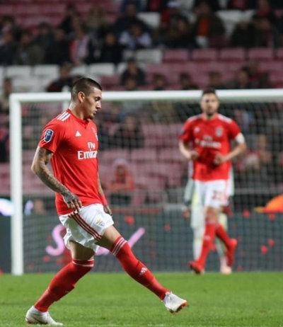 Nico Castillo en un partido del Benfica