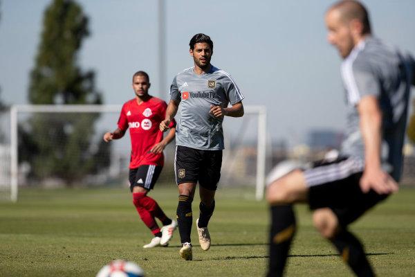 Carlos Vela durante un juego de práctica