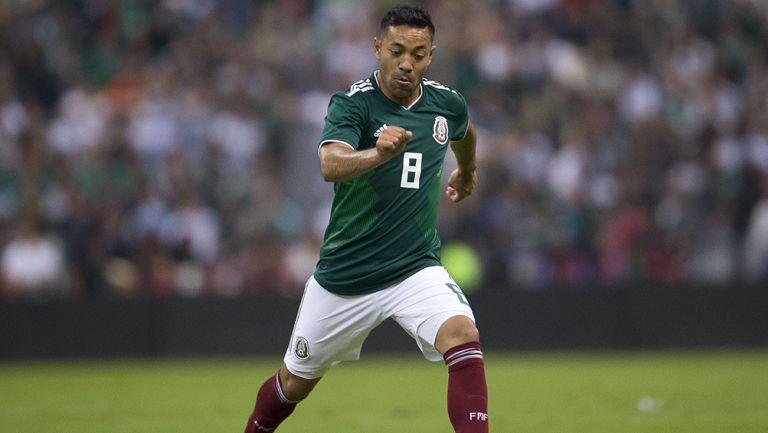 f64f80451d Marco Fabián corre durante un juego de la Selección Nacional