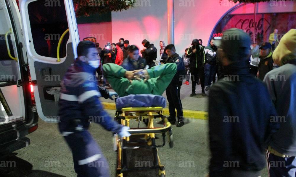 Aficionados de León son atacados a balazos