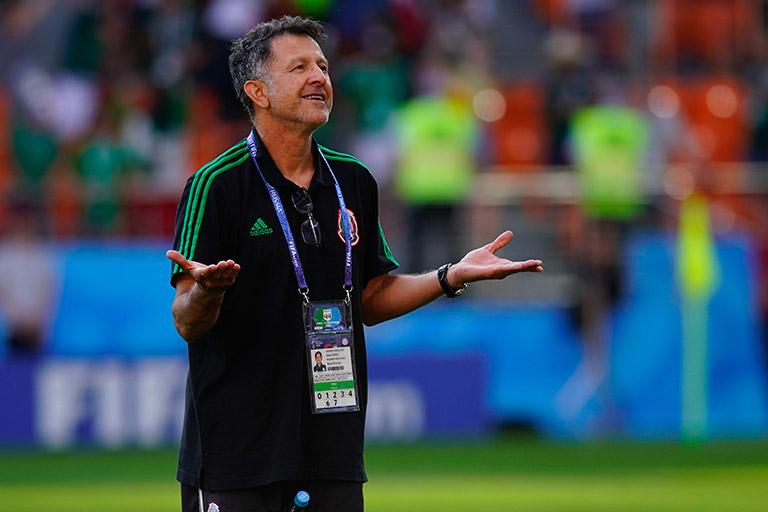 Juan Carlos Osorio desmiente rumores y seguirá al frente de Paraguay