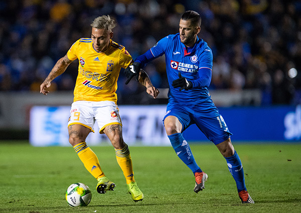 Eduardo Vargas se aleja de Tigres tras oferta desde la MLS
