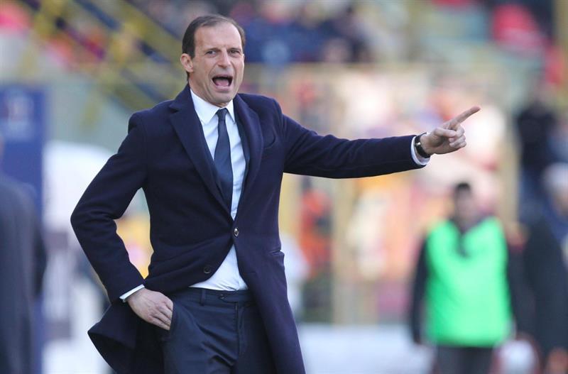 Allegri lanza un grito durante un juego de la Juventus