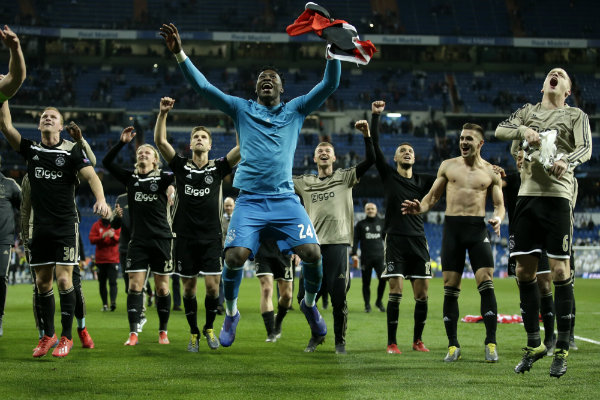 Ajax celebra su pase a Cuartos de Final de Champions League